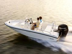 New 2013 Boston Whaler Boats 180