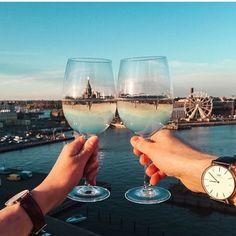 秋の夜長に♡コンビニワインをおいしく変身させる7つの方法 - Locari(ロカリ)