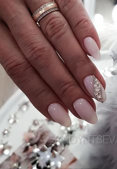 81 Latest Nail Art Trends & Ideas Worth to Try 2019 - Soflyme Matte Nails, Glitter Nails, My Nails, Acrylic Nails, Long Gel Nails, Short Nails, Latest Nail Art, Beautiful Nail Designs, Perfect Nails