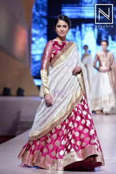 One can shine bright in this beautiful #pink #banarasi weaved half-saree by #ManishMalhotra