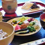 阿古屋茶屋 - 料理写真:お茶漬けバイキング(1300円)