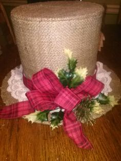 love the burlap but hate the lace Christmas Hats, Holiday Hats, Christmas Mesh Wreaths, Christmas Mason Jars, Christmas Centerpieces, Christmas Tree Toppers, Christmas Projects, All Things Christmas, Christmas Decorations