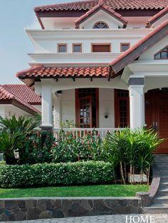 House Map, My House, Smart House, Porch Veranda, Kerala House Design, Kerala Houses, House Elevation, Indian Home Decor, Home Fashion
