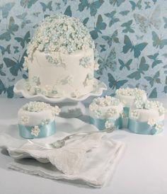 Blue & White Flower Cake & Mini Cakes