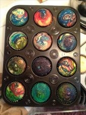 Out of this World Party : Galaxy Cupcakes : Make white cake mix, put in cake wrappers, drop in a few different colors of food dye, swirl using a toothpick, bake! Rainbow Galaxy, Rainbow Swirl, Swirl Cupcakes, Cupcake Cookies, Galaxie Cupcakes, Space Baby Shower, Space Food, Space Snacks, Galaxy Cake