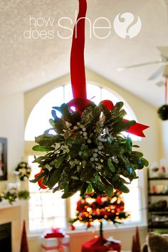 Great Thrifty Holiday Decorating Decor Ideas! Even a little mistletoe! ;)
