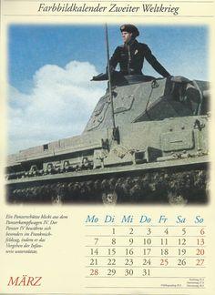 Farbbildkalendar Zweiter Weltkrieg_A Panzerschütze looks out from a Panzer IV tank