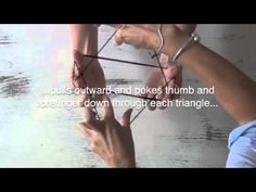 how to do cat's cradle -- used to play this ALL the time when I was a little girl. #instructions
