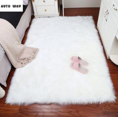 Luxury White Faux Fur Rug Long Ssheepskin Soft Fluffy Gray Rug Rug Flokati Shaggy Rug Style Assorted Rectangular Area Rug For Living Room – fur Rugs White Fluffy Rug, White Faux Fur Rug, White Rug, Ivory White, Fur Carpet, Plush Carpet, Rugs On Carpet, Carpet Mat, Brown Carpet