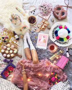 WEBSTA @ hellomissmay - First Self-party in 2017! Sharing my fave Magic @hellomissmay print teehee ☁ xoM #sweettoothforever