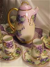 """Victorian Amethyst Violets"" Royal w PAINTED Violets Fine Vintage Heirloom China Painting Circa 1900 Antique China, Vintage China, Café Chocolate, Sweet Violets, Teapots And Cups, Vintage Dishes, Vintage Teacups, Shabby Vintage, Coffee Set"