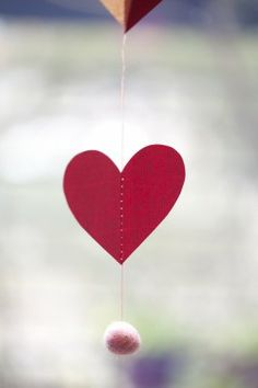 DIY-Sewn-Heart-Garland-Tutorial-6