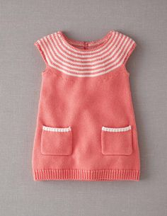 Knitting Patterns Dress this is a Knitted Dress SANS PATRON but the idea is cute… must learn to knit! Girls Easter Dresses, Baby Girl Dresses, Baby Outfits, Kids Outfits, Girls Knitted Dress, Knit Baby Dress, Knitted Baby Clothes, Knitting For Kids, Baby Knitting Patterns