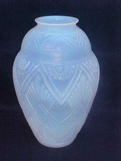Rare  Highly Stylized French Art Deco Etaleune Opaline Glass Vase Sgned Etling