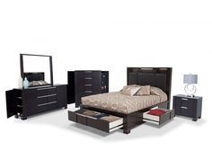 Bedroom Set With Tons of Storage!