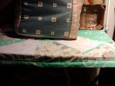 o tampo da mesa para a máquina de costura