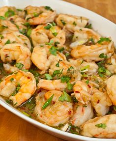 This recipe for Vietnamese Caramelized Shrimp was sent to me by one of my readers from San Diego -- thank you, Kim!  I took one look at it and knew it was going to be really good.  Shrimp are quickly sautéed with garlic and onions and then simmered in a traditional Vietnamese caramel sauce made from fish sauce, brown sugar, scallions and cilantr