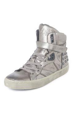 Skunk Sneaker