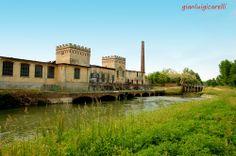 A pochi chilometri da Gravellona Lomellina, c'è Cilavegna, con questo esempio di archeologia industriale (ex Rondo) di inizio Novecento. #Lomellina #turismo #storia #relax