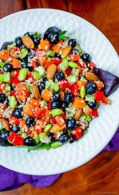 This quinoa detox salad is power house of nutrition and anti-oxidants and is perfect to start any day fit and healthy. Quinoa, edamame, bell peppers, lemon, olive oil, arugula, and almonds... all t...