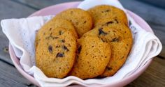 Chocolate chip cookies – Berit Nordstrand Norwegian Food, Norwegian Recipes, Desert Recipes, Chocolate Chip Cookies, Eat Cake, Healthy Snacks, Dairy Free, Nom Nom, Cake Recipes