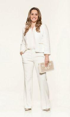 Look total white com sobreposição