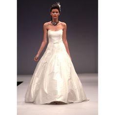 Sexy Taffeta A-line Strapless Spring Sleeveless Ruffles Natural White Wedding Dresses