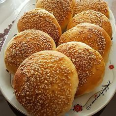 You will love this pastry. Cake Recipes, Snack Recipes, Cooking Recipes, Turkish Breakfast, Puff Pastry Recipes, Edible Food, Bread And Pastries, Turkish Recipes, Beignets