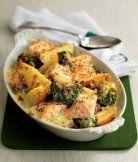 Losos zapečený s bramborami a brokolicí