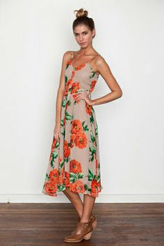 5 Pretty Dresses For The Perfect Weekend In Wine Country #refinery29 #winecountryfashion #winecountrystyle