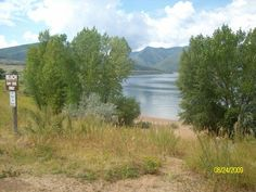Anderson Cove Campground is a popular facility located 10 miles east of Ogden, Utah, on the banks of Pineview Reservoir in scenic Ogden Valley. Visitors enjoy boating, fishing and swimming.