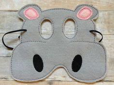 Hippo para niños fieltro mascarilla por lilliannamarie en Etsy                                                                                                                                                                                 Más