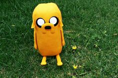 Adventure Time Jake Plush - tutorial and pattern Adventure Time Parties, Jake Adventure Time, How To Make Toys, Crafts For Kids To Make, Softies, Plushies, Craft Sites, Craft Tutorials, Friend Crafts