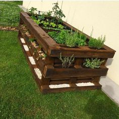 Paletten DIY Hochbeet Garten Möbel aus paletten – diy pallet creations Pallets DIY raised bed garden furniture from pallets