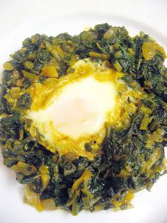My Turkish Kitchen: Traditional Turkish Turkish Recipes, Ethnic Recipes, Morrocan Food, Egg Ingredients, Republic Of Turkey, Turkish Kitchen, Spinach Egg, Tomato Paste, Food To Make