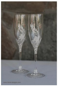White Wedding Glasses. Wedding champagne glasses by IrenDesigns