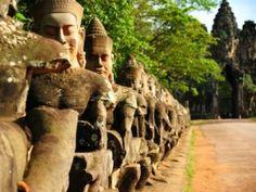 Puerta del templo de Angkor - Camboya