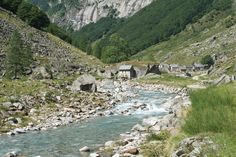 http://cabinporn.com/post/17791016314/alp-scimarmota-ticino-switzerland-photo