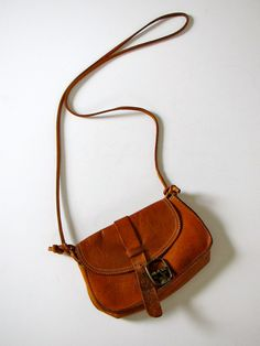 Vintage Banana Republic Leather Travel Belt Loop Purse - these were SO popular throughout the 1980s