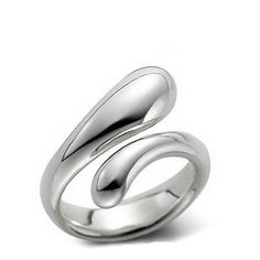 Tiffany & Co Outlet Elongated Teardrop Ring