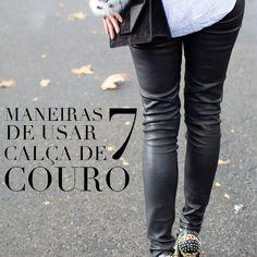 street style com calça de couro.