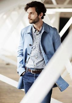 【春】青ステンカラーコート×ジーンズのキレイめカジュアル(メンズ)   Italy Web