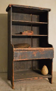 primitive homes gallery Primitive Cabinets, Primitive Furniture, Country Furniture, Farmhouse Furniture, Antique Furniture, Farmhouse Decor, Farmhouse Garden, Rustic Cabinets, Antique Chairs