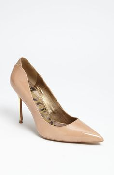 Danielle Pump <3 Come visit http://www.shoeniverse.info/ for daily shoes!