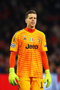 Wojciech Szczesny of Juventus looks on during the UEFA Champions League Quarter Final first leg match between Ajax and Juventus at Johan Cruyff Arena on April 2019 in Amsterdam, Netherlands. Get premium, high resolution news photos at Getty Images Juventus Team, Juventus Wallpapers, Marc Andre, Uefa Champions League, Goalkeeper, Soccer Players, That Look, April 10, Amsterdam Netherlands