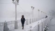 Viscol și ninsori Ucraina! Autorităţile recomandă oamenilor să evite ieşirile din case
