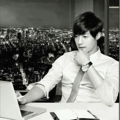 ss501 Kim Hyun Joong if he was a buisness man. So good looking.