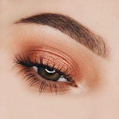 35 Easy but Wonderful Makeup Tips For Beginner - Make Up Ideas - Makeup Eye Looks, Cute Makeup, Glam Makeup, Pretty Makeup, Makeup Inspo, Eyeshadow Makeup, Makeup Art, Hair Makeup, Makeup Ideas