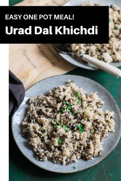 Easy and comforting one pot rice and lentil dish. Whole urad dal and rice khichdi. Easy One Pot Meals, Easy Summer Meals, Vegetarian Platter, Vegetarian Food, Winter Recipes, Summer Recipes, Deep Fried Recipes, Indian Food Recipes, Healthy Recipes