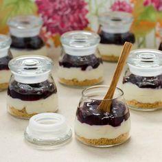 Drinks Recipe : How to Mini Blueberry Cream Cheese Pies